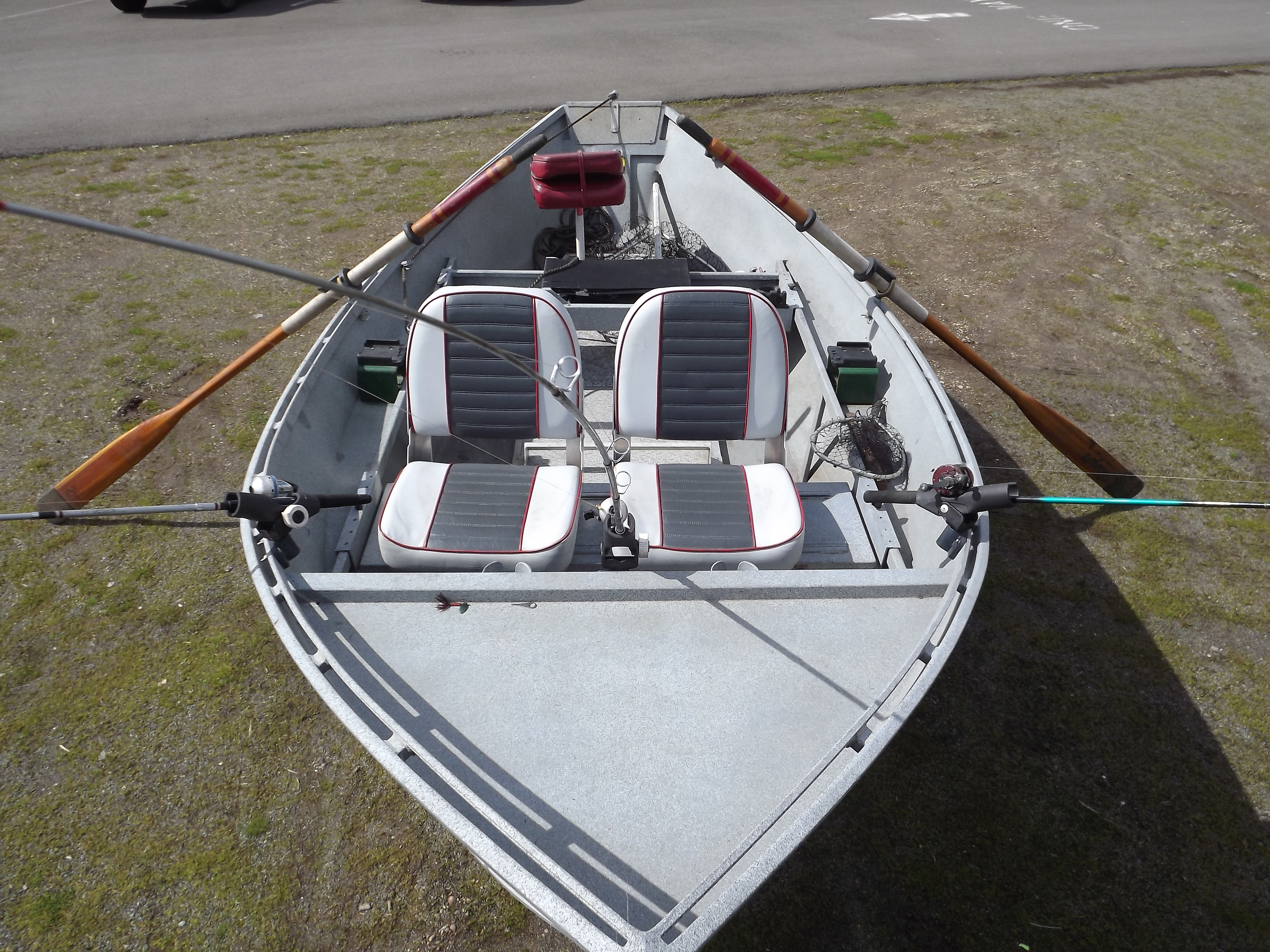 4 MAN SMALL FISHING BOATS FOR SALE