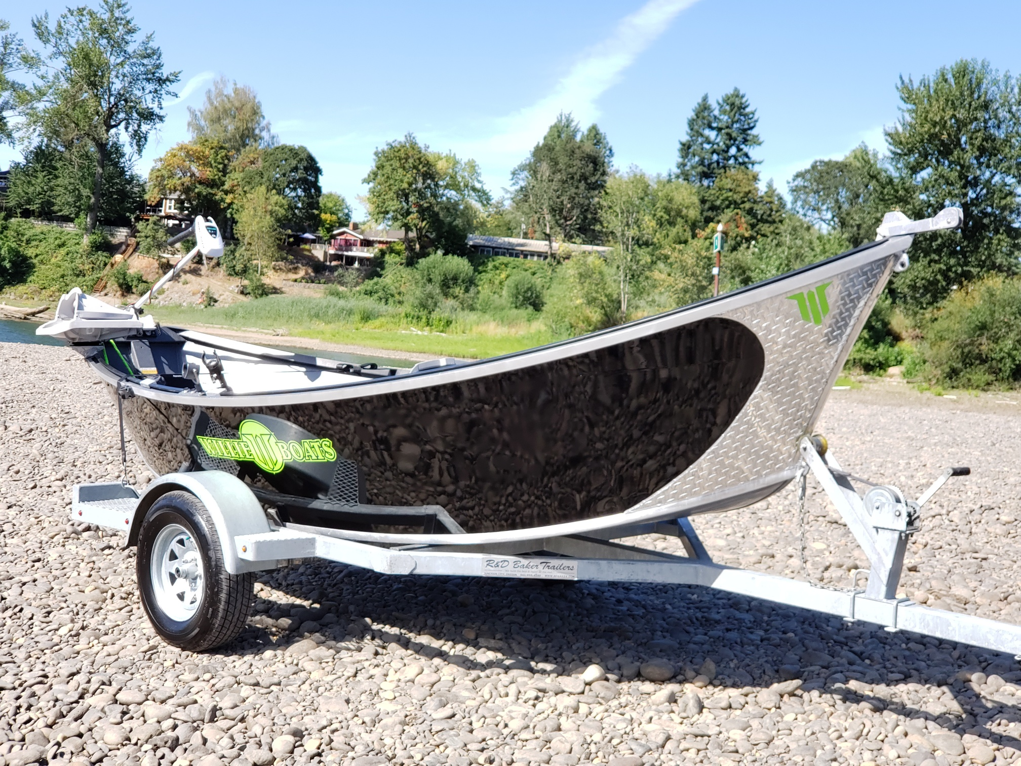 Pre-Owned Boats for Sale - Willie Boats
